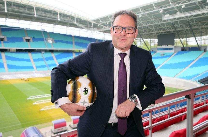 Hermann Winkler vom Sächsischen Fußballverband SFV zählt für die EM 2024 auf die Fußballbegeisterung der Stadt Leipzig und der Region.