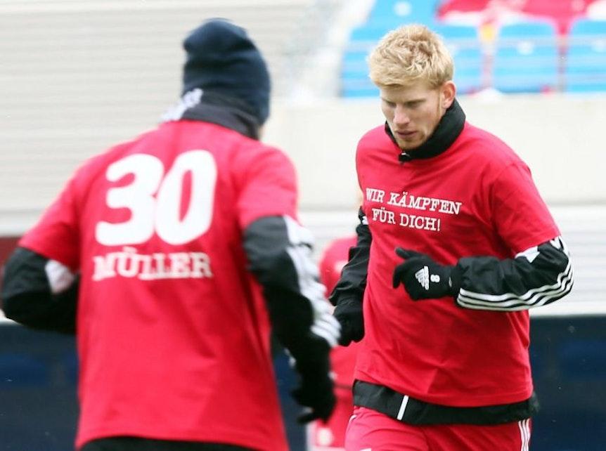 Von der Mannschaft kam einst viel moralische Unterstützung für Christian Müller, der Verein RB Leipzig hielt ihm nach seiner Verletzung immer alle Türen offen und half bei der Reha.