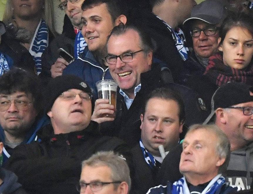 Clemens Tönnies ist eher der Bier-Typ und nicht der Red-Bull-Typ.