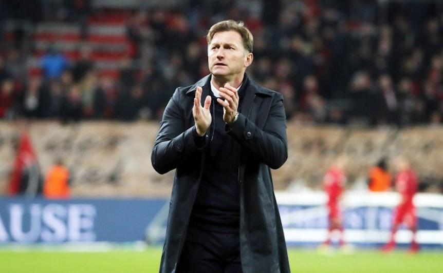 Dass gegen Zenit St Petersburg so wenig Fans zu RB Leipzig kamen wie lange nicht, findet Ralph Hasenhüttl nur verständlich.