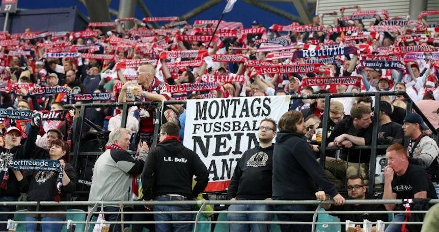 Boykott vs. Treukott: RB Leipzigs Fanblock war gegen Leverkusen gespalten (Foto. imago).