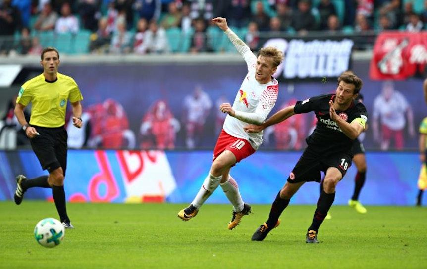 Emil Forsberg im Hinspiel zwischen RB Leipzig und Eintracht Frankfurt.