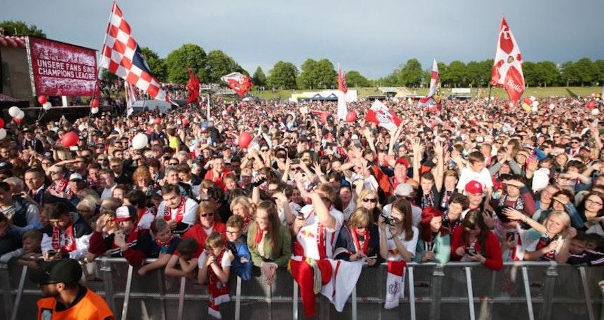 RB Leipzig plant zum DFB-Pokalfinale ein Public Viewing und einen Fanempfang auf der Festwiese.