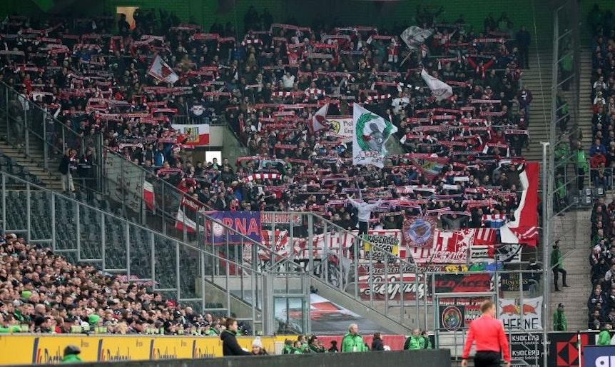 Wie in Mönchengladbach werden die RB-Fans ihr Team auch bei Werder Bremen unterstützen.