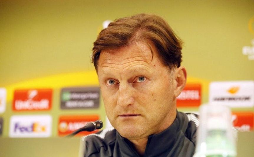 Ralph Hasenhüttl auf der Pressekonferenz in der Europa League