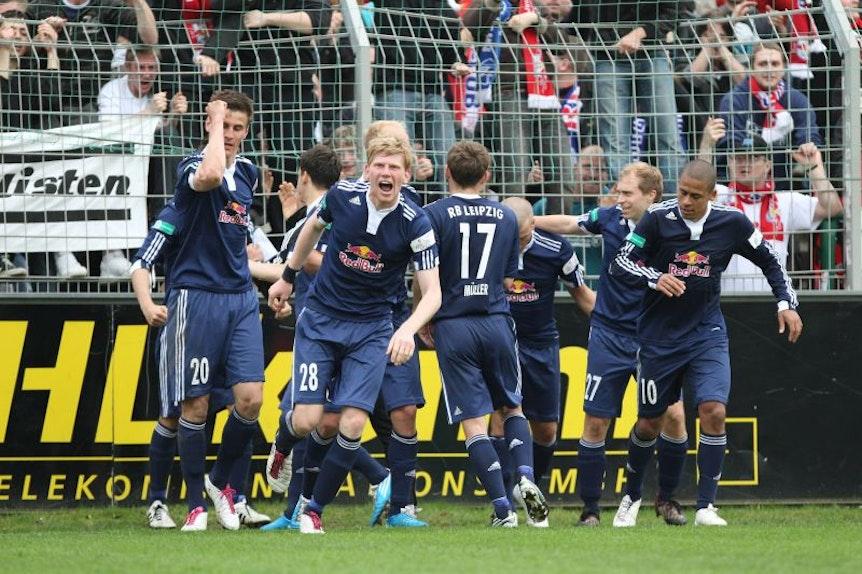 Beim letzten Ausflug nach Leutzsch im Jahr 2011 gab es für RB Leipzig am Ende Grund zur Freude.