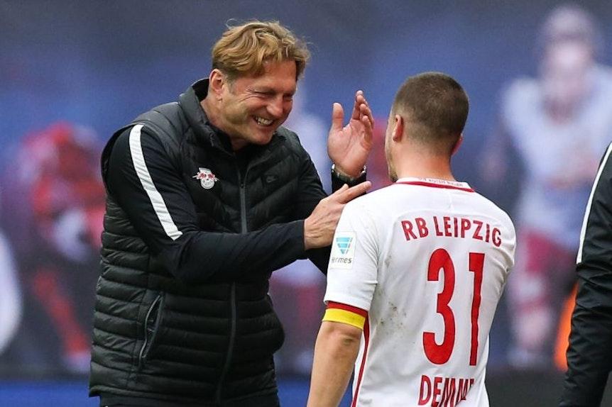 Ralph Hasenhüttl freut sich über Diego Demmes Tor.