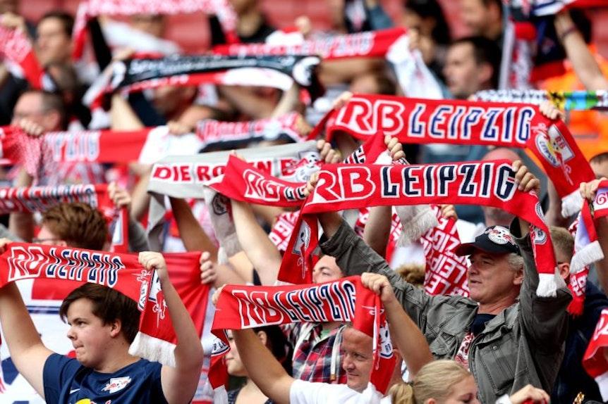 Fans von RB Leipzig in der Red Bull Arena.