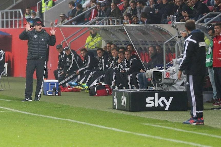 In seiner Zeit beim FC Ingolstadt spielte Ralph Hasenhüttl auch gegen Stefan Ruthenbeck mit Ex-Club VfR Aalen.
