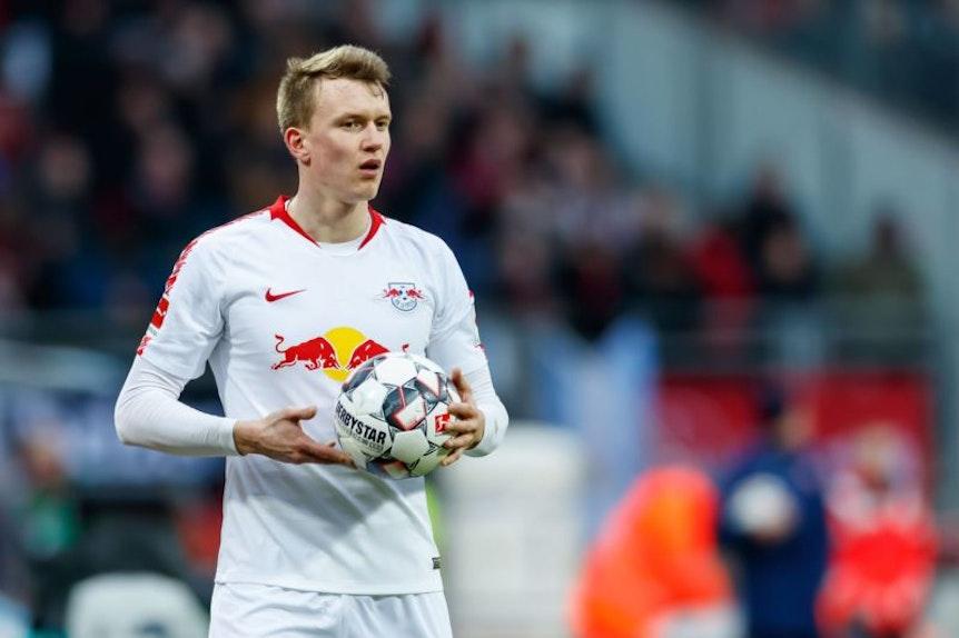 Lukas Klostermann macht sich keine Sorgen über seinen Vertrag bei RB Leipzig, aber Gedanken über Kinder mit Handicaps.