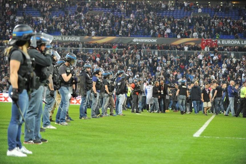 Wegen Ausschreitungen im April bei der Partie zwischen Olympique Lyon und Besiktas Istanbul reist der türkische Verein ohne Anhänger nach Leipzig.