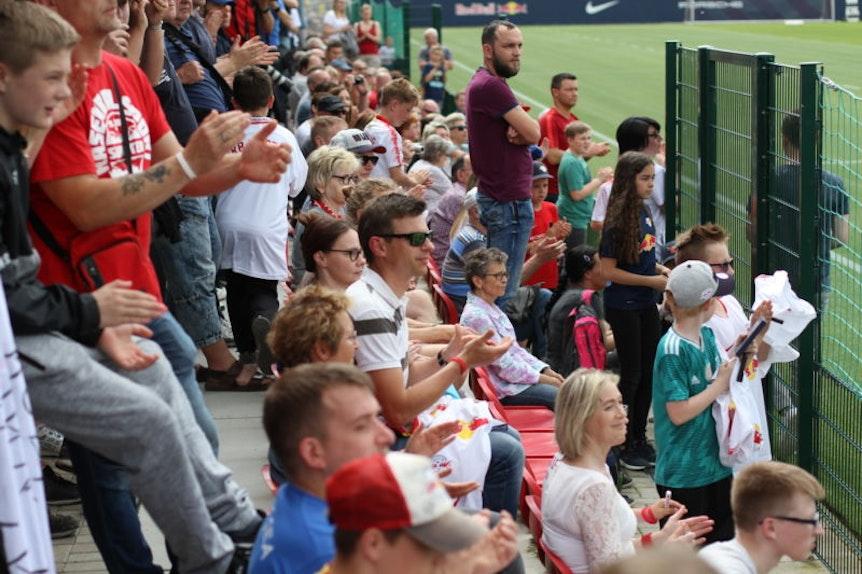 RB-Fans am Cottaweg.