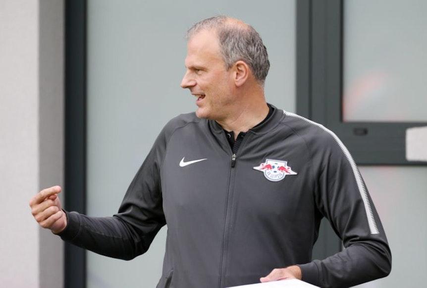 Mit Jochen Schneider geht bei RB Leipzig einer der engsten Rangnick-Mitarbeiter.
