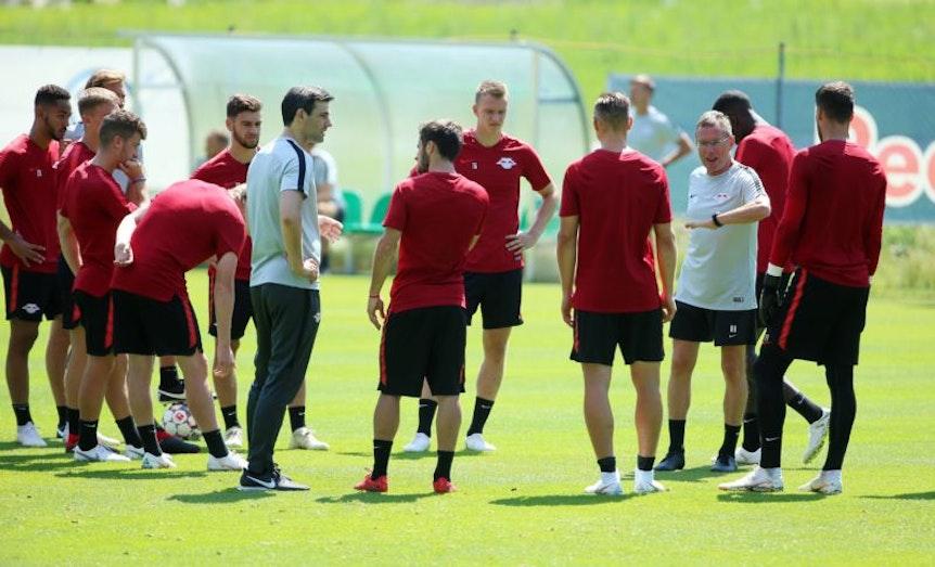 Ralf Rangnick wird RB Leipzig für das Spiel gegen Dortmund auf das Spiel gegen den Ball einschwören.