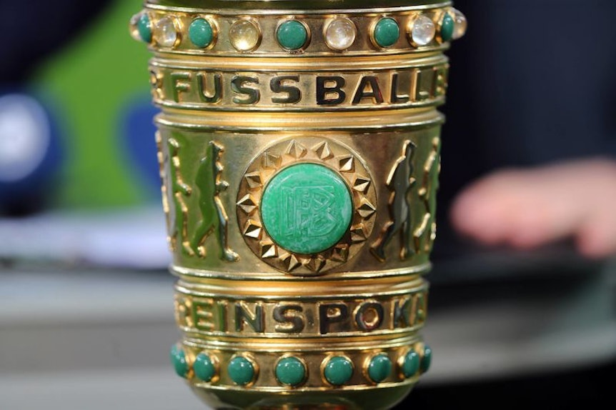 DFB Pokal DFL REGULATIONS PROHIBIT ANY USE OF PHOTOGRAPHS AS IMAGE SEQUENCES AND/OR QUASI-VIDEO. *** DFB Cup DFL REGULATIONS PROHIBIT ANY USE OF PHOTOGRAPHS AS IMAGE SEQUENCES AND OR QUASI VIDEO