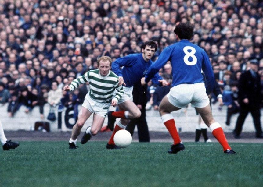 Spielte die Rangers-Hünen schwindelig: Jimmy Conolly Johnstone beim Old Firm 1970