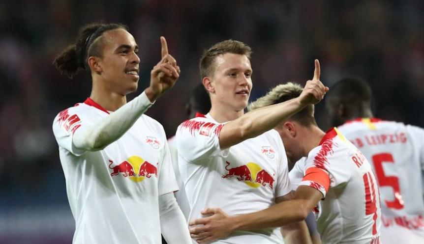Lukas Klostermann und Yussuf Poulsen gehörten zu den wichtigsten Spielern bei RB Leipzig im Spiel gegen Leverkusen.