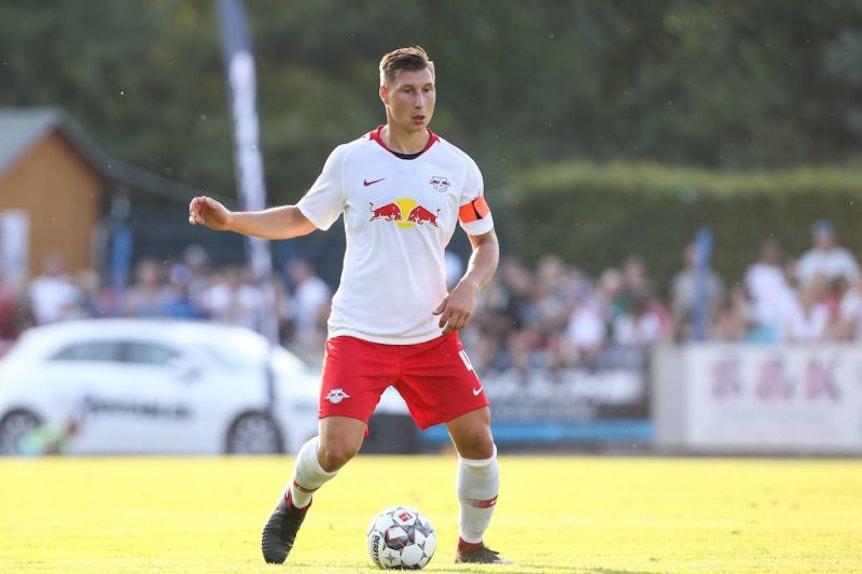 Willi Orban trägt zumindest in der Vorbereitung noch die Kapitänsbinde bei RB Leipzig.