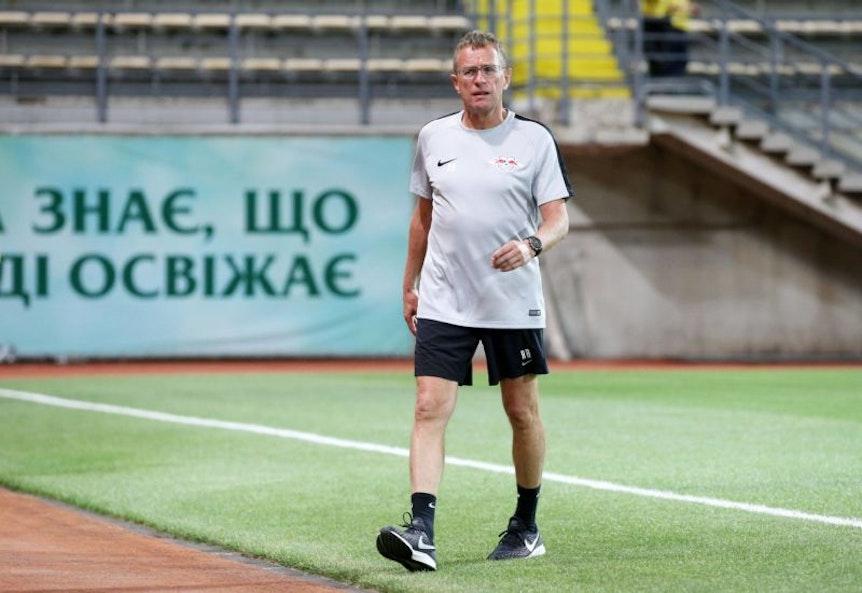 Ralf Rangnick beim Spiel von RB Leipzig gegen Sorja Luhansk. 0:0, trotzdem zufrieden.