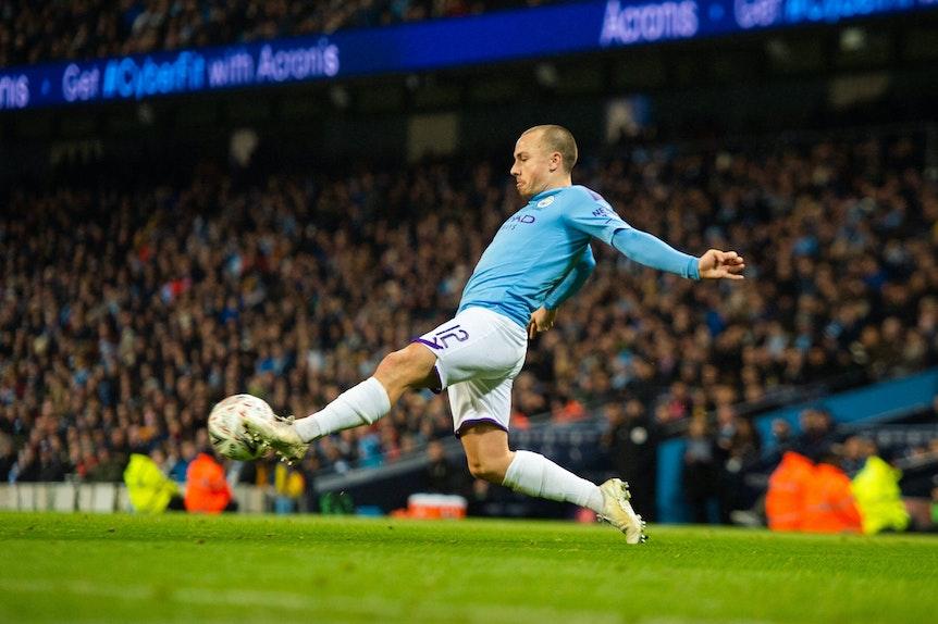 Im Visier von RB: Angelino von Manchester City.