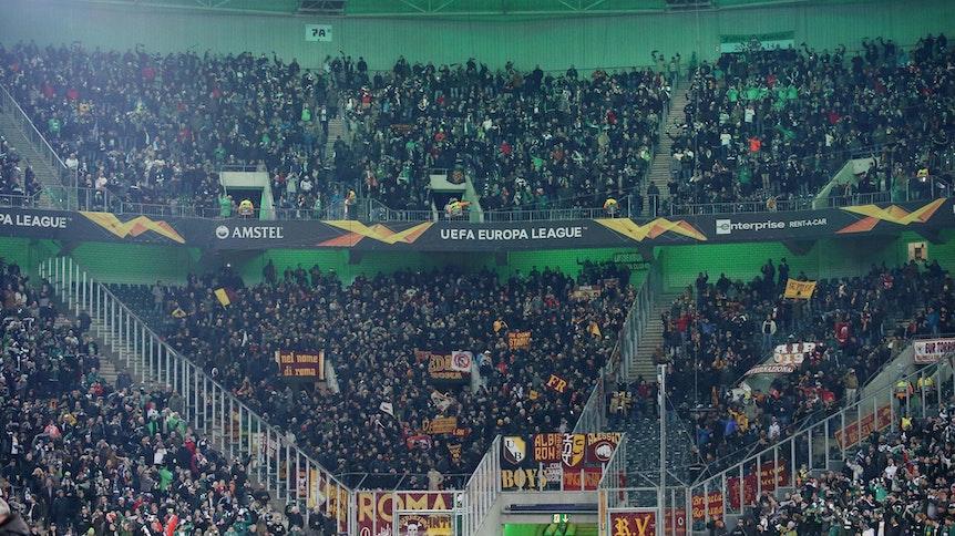 Der Fans der AS Rom verzichteten im Europa-League-Spiel bei Borussia Mönchengladbach überwiegend auf den Support.