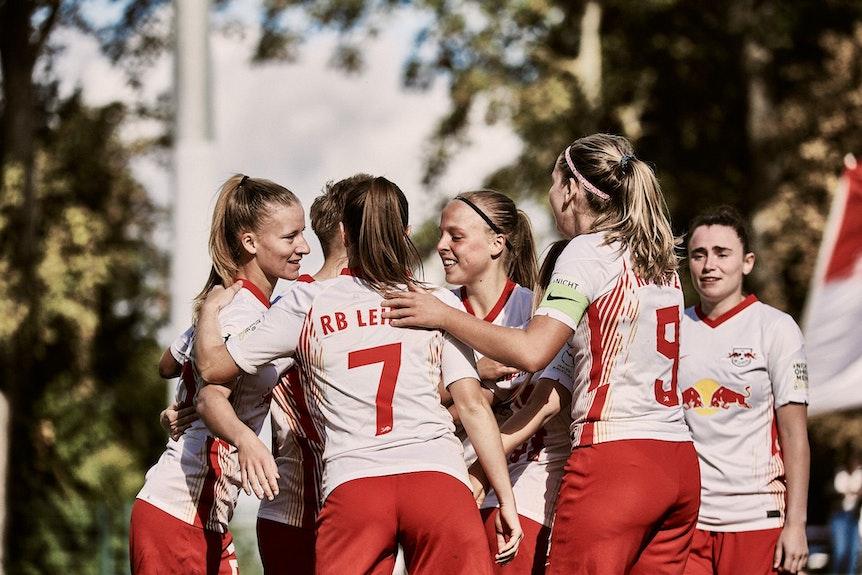 RB Leipzigs Frauen bleiben nach dem Sieg gegen Bocholt Spitzenreiterinnen.