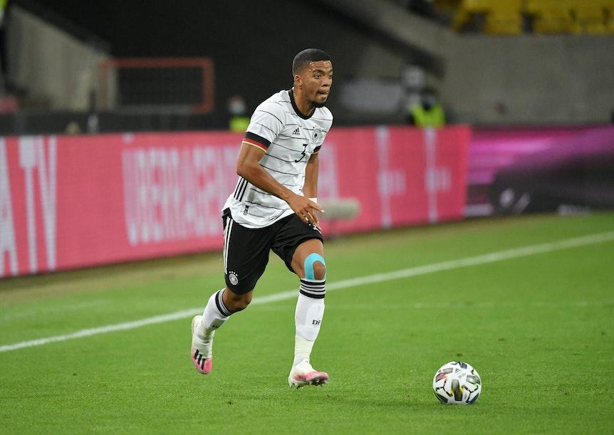 Benjamin Henrichs bleibt beim DFB-Kader.