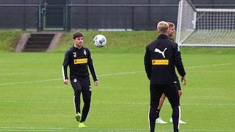 """Jonas Hofmann vertritt Borussia Mönchengladbach gegen Eintracht Frankfurt bereits zum zweiten Mal bei der """"Bundesliga Home Challenge""""."""