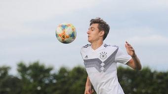 Florian Neuhaus könnte nach wie vor mit der deutschen Auswahl an den Olympischen Spielen in Tokio teilnehmen.
