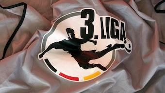 In der 3. Liga herrscht Uneinigkeit, ob die Saison zu Ende gespielt werden kann oder nicht.
