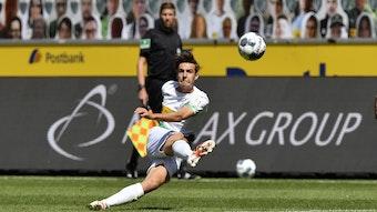 Florian Neuhaus, Mittelfeldspieler bei Borussia Mönchengladbach, hat beim 4:1-Sieg gegen Union Berlin einen historischen Treffer erzielt: Ihm gelang das 3000. Bundesliga-Tor für den VfL.