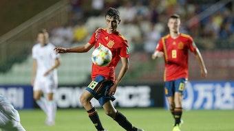 Pedri ist gerade von UD Las Palmas zum FC Barcelona gewechselt und ist ein Kandidat für eine Leihgeschäft mit Borussia Mönchengladbach.