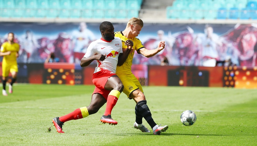 Hüne gegen Koloss: Dayot Upamecano gegen Erling Haaland.