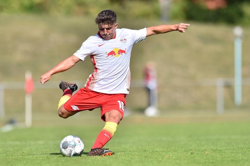 Josha Wosz erzielte den Siegtreffer gegen Wolfsburg. Hier im Spiel gegen Osnabrück.