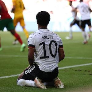 Deutschlands Serge Gnabry reagiert enttäuscht nach seinem Abseitstor gegen Portugal.