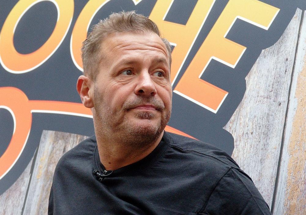 Der Kölner Schauspieler und Reality-Star Willi Herren bei der Eröffnung von Willi Herren's Rievkooche Bud.