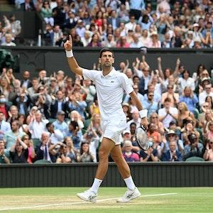 Novak Djokovic bejubelt im Wimbledon-Finale gegen Matteo Berrettini seinen insgesamt sechsten Triumph in London.
