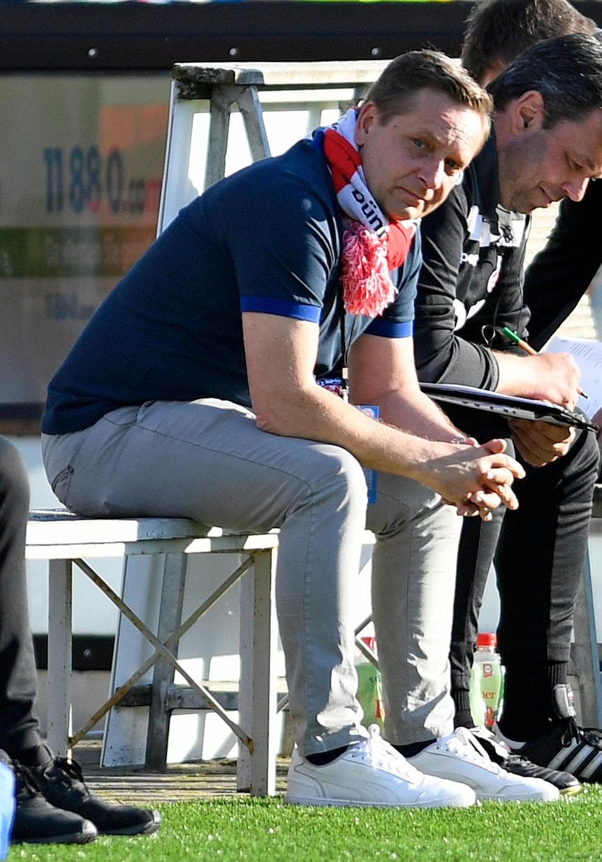 Horst Heldt sieht Sieg des 1. FC Köln in Kiel.