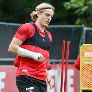 Sebastiaan Bornauw trainiert beim 1. FC Köln.