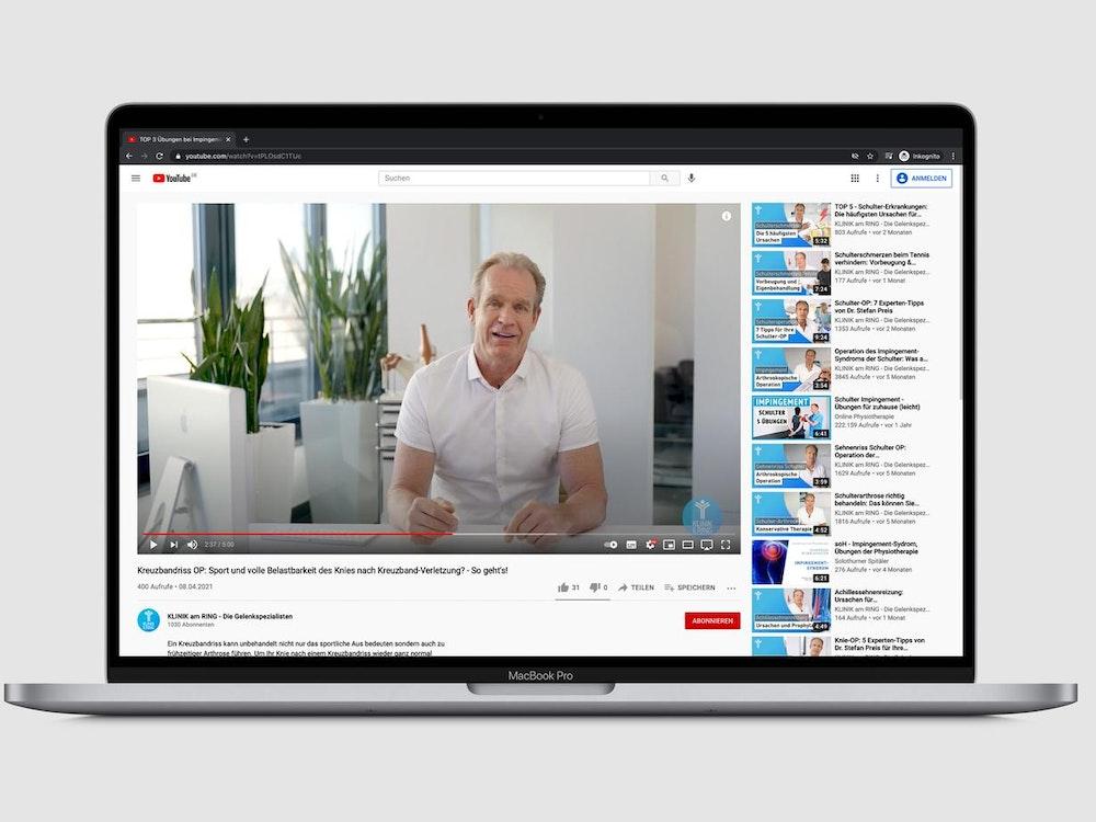 Der Kölner Orthopäde Dr. Stefan Preis ist auf einem YouTube-Video zu sehen.
