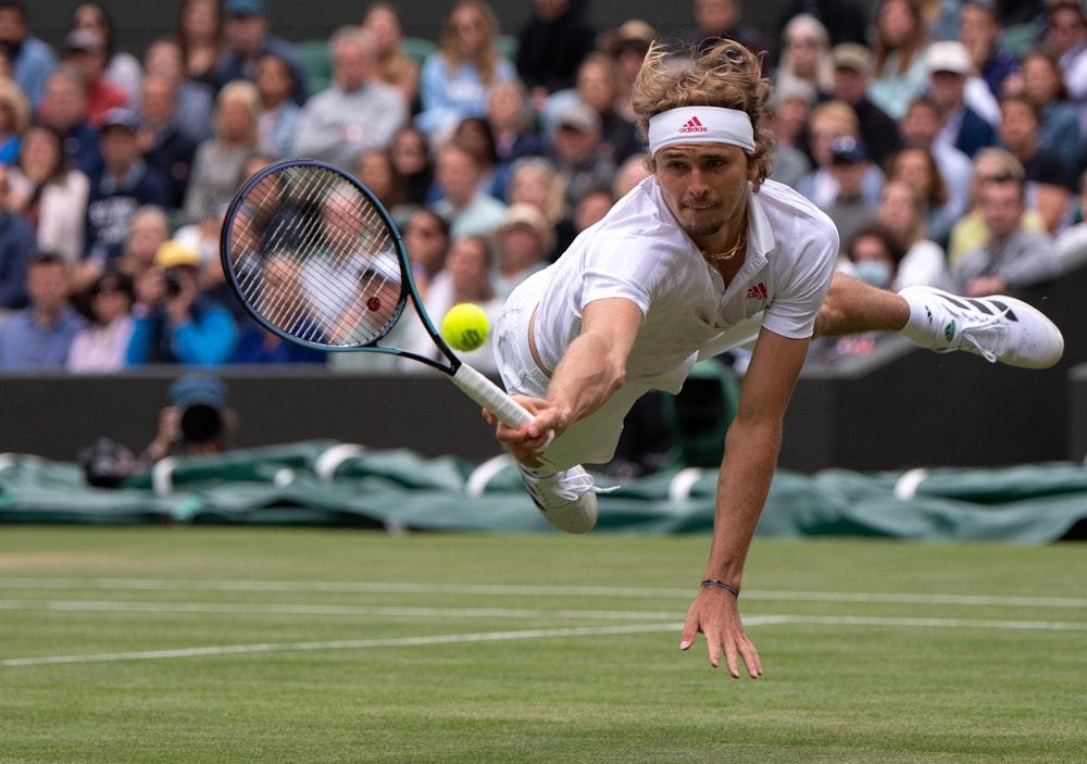 Tennis: Alexander Zverev in Aktion in Wimbledon.