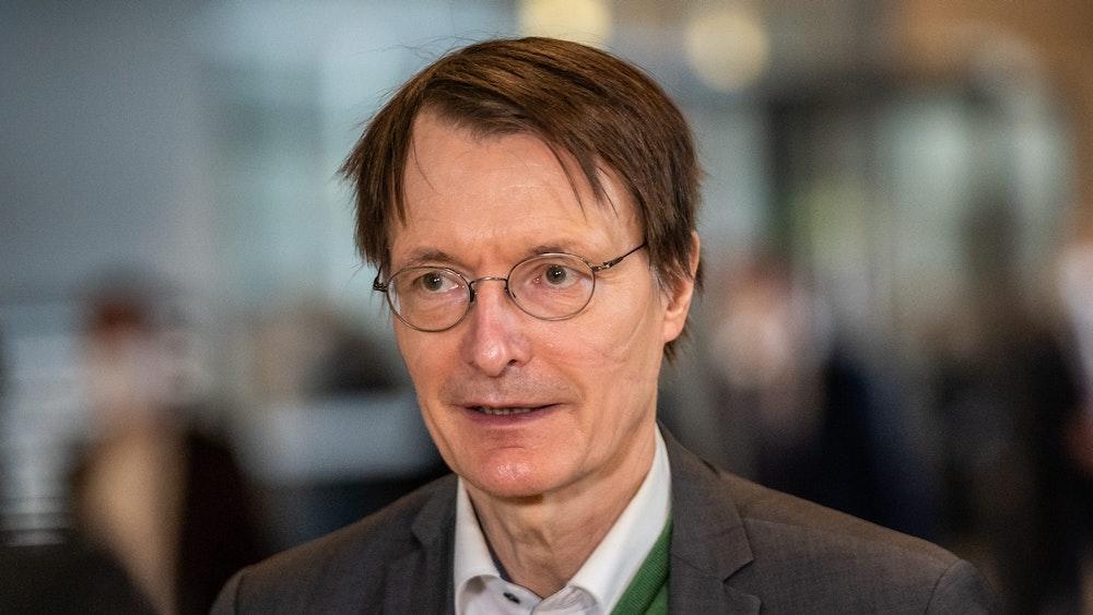Gesundheitsexperte Karl Lauterbach. Er kritisiert den Katastrophenschutz in Deutschland.