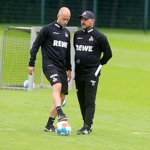 Co-Trainer Rene Wagner Steffen Baumgart beim Training des 1. FC Köln