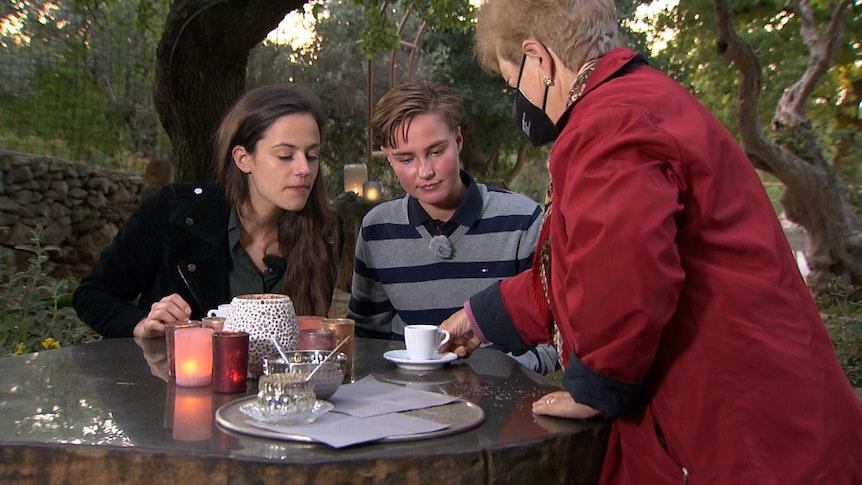 Princess Charming auf TVNOW: Irina Schlauch entschied sich am Ende gegen Elsa, hier im Foto, und für Lou.