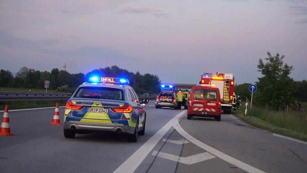 Ein betrunkener Lkw-Fahrer hat am 20. Juli auf der A42 bei Münster einen schweren Unfall verursacht.