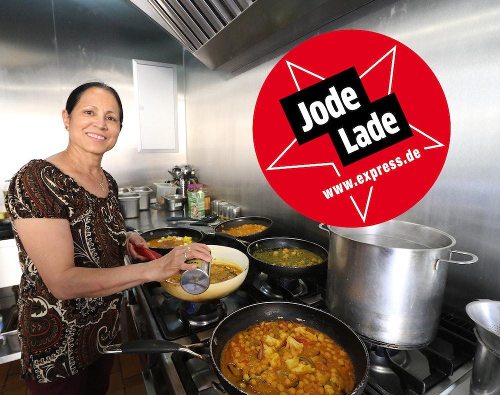 """Chefin Gursharanjit Kaur Jawanda in ihrem indischen Restaurant """"Haldi Spoon"""" in Köln-Mülheim"""