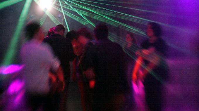 """Aachener Club """"Apollo"""" als Infektionsherd für die Delta-Variante? Jetzt werden 900 Gäste gesucht. Unser Symbolfoto wurde 2007 aufgenommen."""