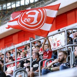 Fans bei einem Testspiel in der Düsseldorfer Arena.
