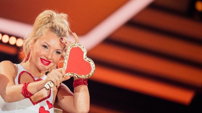"""Evelyn Burdecki, Reality-TV-Kandidatin tanzt in der RTL-Tanzshow """"Let's Dance"""" im Coloneum."""