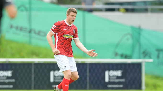 Dominique Heintz im Testspiel des SC Freiburg gegen den FC Vaduz